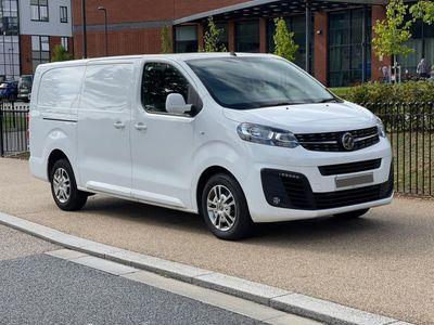 Vauxhall Vivaro Panel Van 2.0 Turbo D 3100 Sportive L2 H1 EU6 (s/s) 5dr