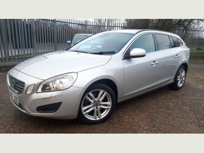 Volvo V60 Estate 1.6 D2 SE 5dr