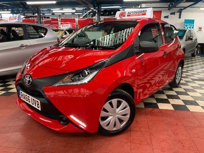 Toyota AYGO Hatchback 1.0 VVT-i x 5dr EU5
