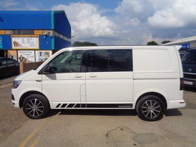 Volkswagen Transporter Combi Van 2.0 TDI T30 BlueMotion Tech Edition Crew Van DSG FWD (s/s) 5dr