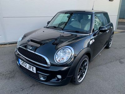 MINI Hatch Hatchback 2.0 Cooper SD (Avenue) 3dr