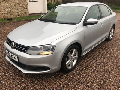 Volkswagen Jetta Saloon 1.6 TDI BlueMotion Tech SE 4dr