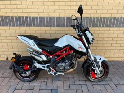 Benelli TNT Naked 125