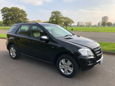 Mercedes-Benz M Class SUV 3.0 ML300 CDI BlueEFFICIENCY SE 7G-Tronic 5dr