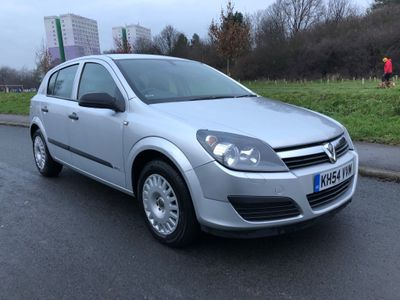 Vauxhall Astra Hatchback 1.8 i 16v Life 5dr