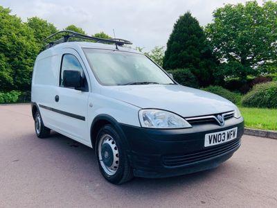 Vauxhall Combo Panel Van 1.7 DTi 2000 Panel Van 3dr