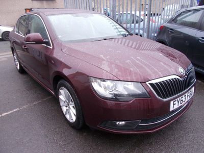 SKODA Superb Hatchback 1.6 TDI GreenLine III CR DPF SE 5dr