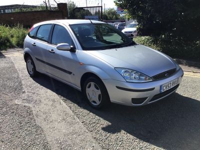 Ford Focus Hatchback 1.4 i 16v LX 5dr