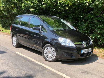 Vauxhall Zafira MPV 2.2 i 16v Exclusiv 5dr