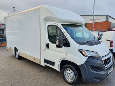Peugeot Boxer Luton 2.0 BlueHDi 335 Built for Business L3 EU6 3dr