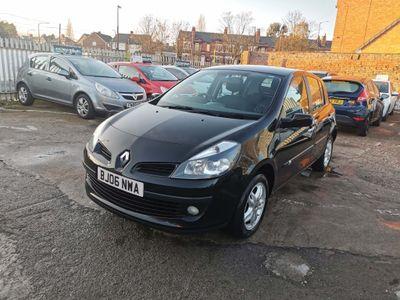 Renault Clio Hatchback 1.5 dCi Dynamique 5dr (a/c)