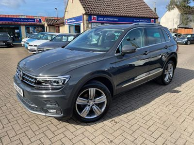 Volkswagen Tiguan SUV 2.0 TDI BlueMotion Tech SEL 4Motion (s/s) 5dr