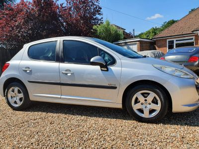 Peugeot 207 Hatchback 1.4 Verve 5dr