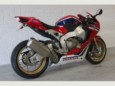 Honda CBR1000RR Fireblade Super Sports 1000 Fireblade SP ABS