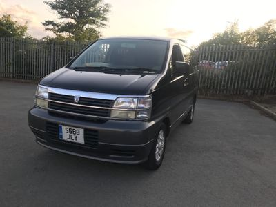 Nissan Elgrand Estate