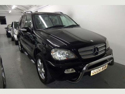 Mercedes-Benz M Class SUV 2.7 ML270 CDI Inspiration Edition 5dr