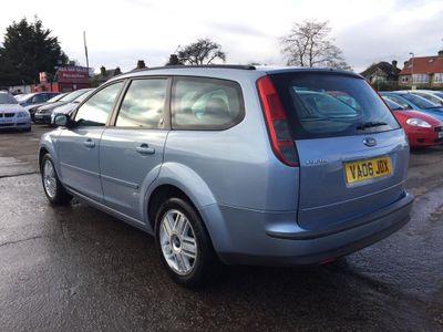 Ford Focus Estate 2.0 Ghia 5dr