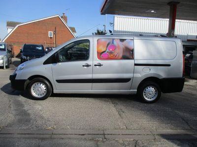 Peugeot Expert Panel Van 2.0 HDi (EU5) L2 H1 4dr