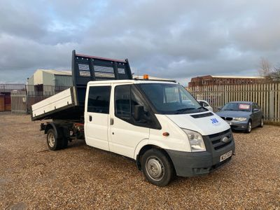 Ford Transit Chassis Cab 2.4 TDCi 350 Crewcab Chassis L 4dr (DRW, LWB)