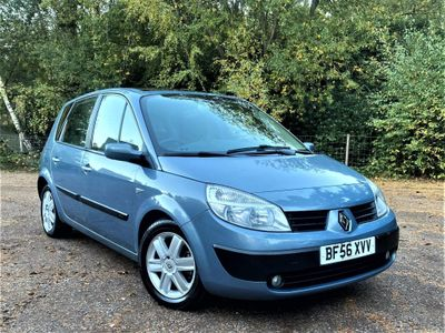Renault Scenic MPV 1.5 dCi Oasis 5dr