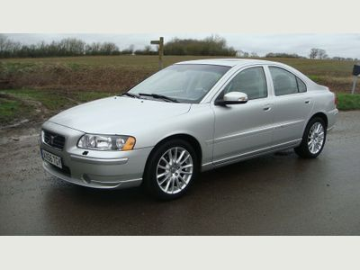 Volvo S60 Saloon 2.4 T5 SE 4dr