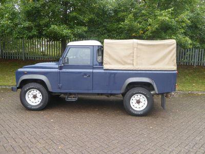 Land Rover Defender 110 Pickup 2.4 TDi Pick-Up 2dr