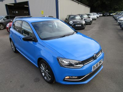 Volkswagen Polo Hatchback 1.2 TSI BlueMotion Tech SE Design (s/s) 5dr