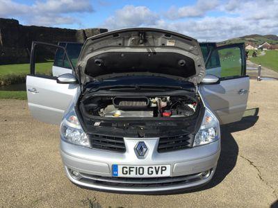 Renault Espace MPV 2.0 dCi Dynamique S 5dr