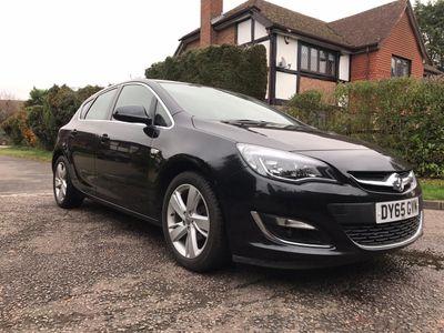 Vauxhall Astra Hatchback 1.6i SRi 5dr