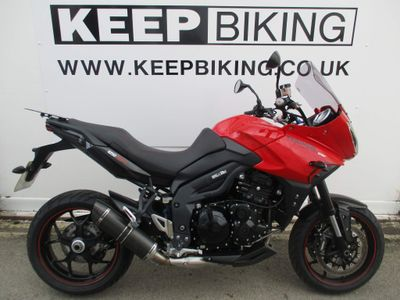 Triumph Tiger 1050 Adventure 1050 Sport