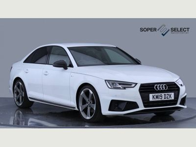 Audi A4 Saloon 2.0 TDI 35 Black Edition S Tronic (s/s) 4dr