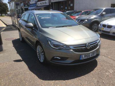 Vauxhall Astra Estate 1.4i Turbo Elite Nav Sports Tourer Auto (s/s) 5dr