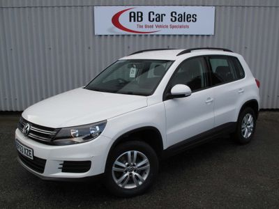 VOLKSWAGEN TIGUAN SUV 2.0 TDI BlueMotion Tech S 4WD (s/s) 5dr