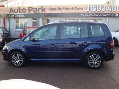 Volkswagen Touran MPV 1.9 TDI BlueMotion Tech SE 5dr (7 Seats)