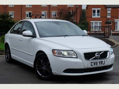 Volvo S40 Saloon 1.6 TD DRIVe SE Lux 4dr