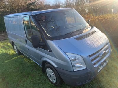 Ford Transit Panel Van 2.2 TDCi 260 Duratorq Low Roof Panel Van S 5dr (SWB)