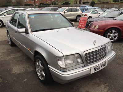 Mercedes-Benz E Class Saloon 2.0 E200 4dr