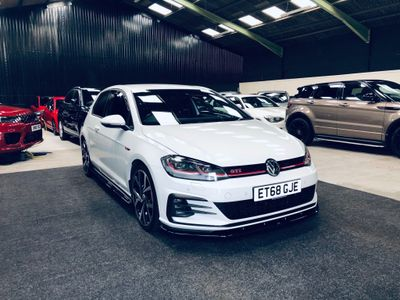 Volkswagen Golf Hatchback 2.0 TSI GTI Performance (s/s) 3dr