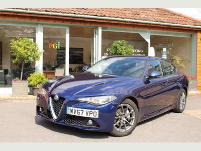 Alfa Romeo Giulia Saloon 2.0T Super Auto (s/s) 4dr