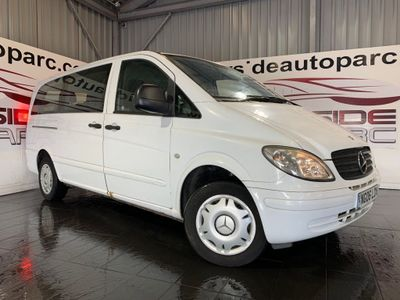 Mercedes-Benz Vito Minibus 109 CDI LONG VAN/SIDE WINDOWS