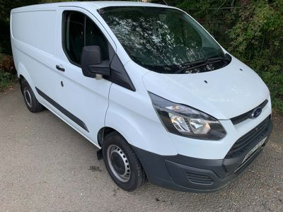 Ford Transit Custom Panel Van 2.0 TDCi 270 L1 H1 5dr