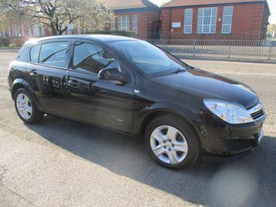 Vauxhall Astra Hatchback 1.4 i 16v Active 5dr