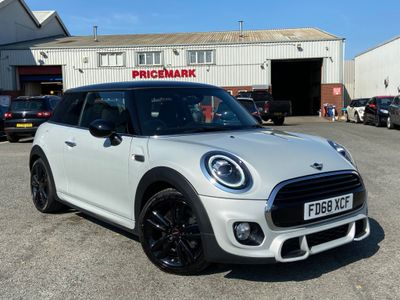MINI Hatch Hatchback 1.5 Cooper Sport Steptronic (s/s) 3dr