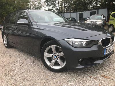 BMW 3 Series Estate 3.0 330d SE Sport Auto (s/s) 5dr
