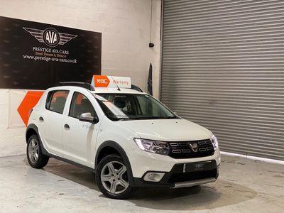 Dacia Sandero Stepway Hatchback 0.9 TCe Essential Stepway (s/s) 5dr