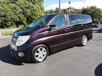 Nissan Elgrand MPV HIGHWAY STAR RED LEATHER IMMACULATE