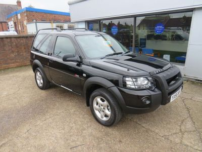 Land Rover Freelander SUV 2.0 TD4 Adventurer Hard Top 3dr