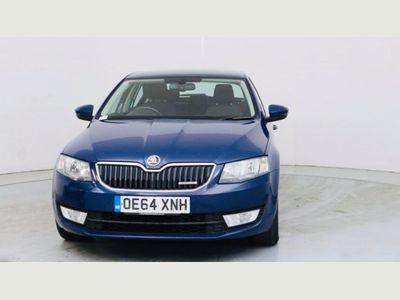 SKODA Octavia Hatchback 1.6 TDI GreenLine CR DPF SE Business 5dr