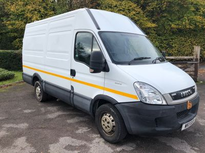 Iveco Daily Panel Van 2.3 TD 35S13 MWB Ex High Roof Van 4dr