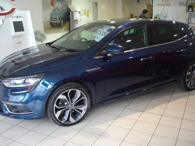 Renault Megane Hatchback 1.2 TCe Signature Nav (s/s) 5dr